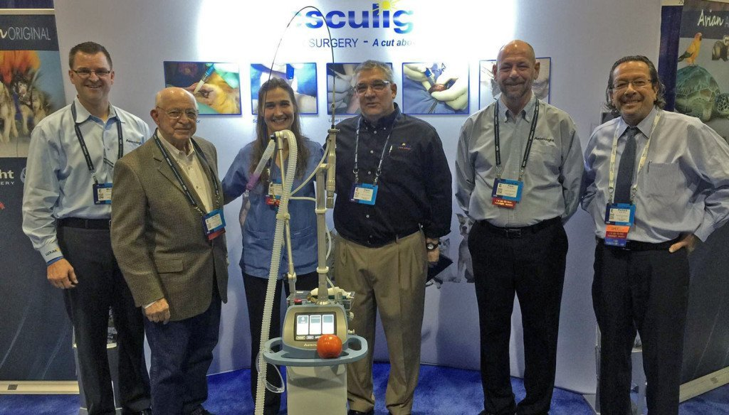 Dr. Don Noah and Aesculight team at veterinary tradeshow